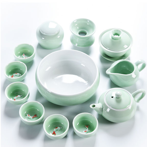 经典浮雕鱼杯青瓷茶具套装德化